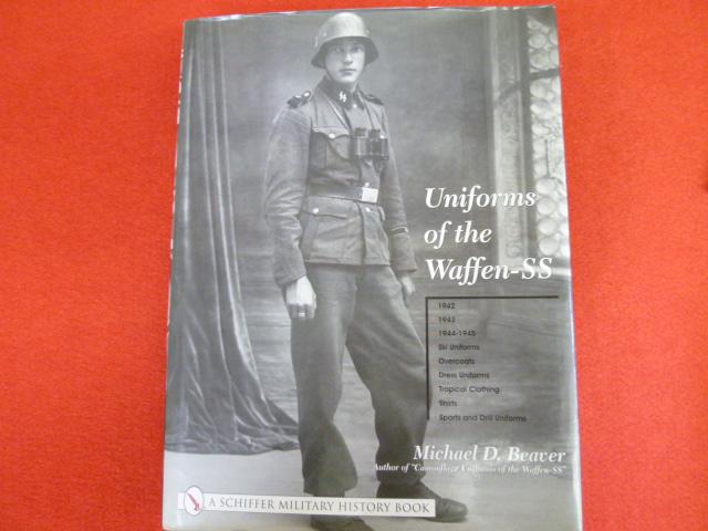 【Uniforms of the Waffen-SS】入荷しましたの画像